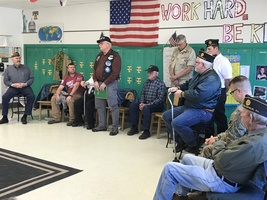 Veterans Visit Fifth Grade Students