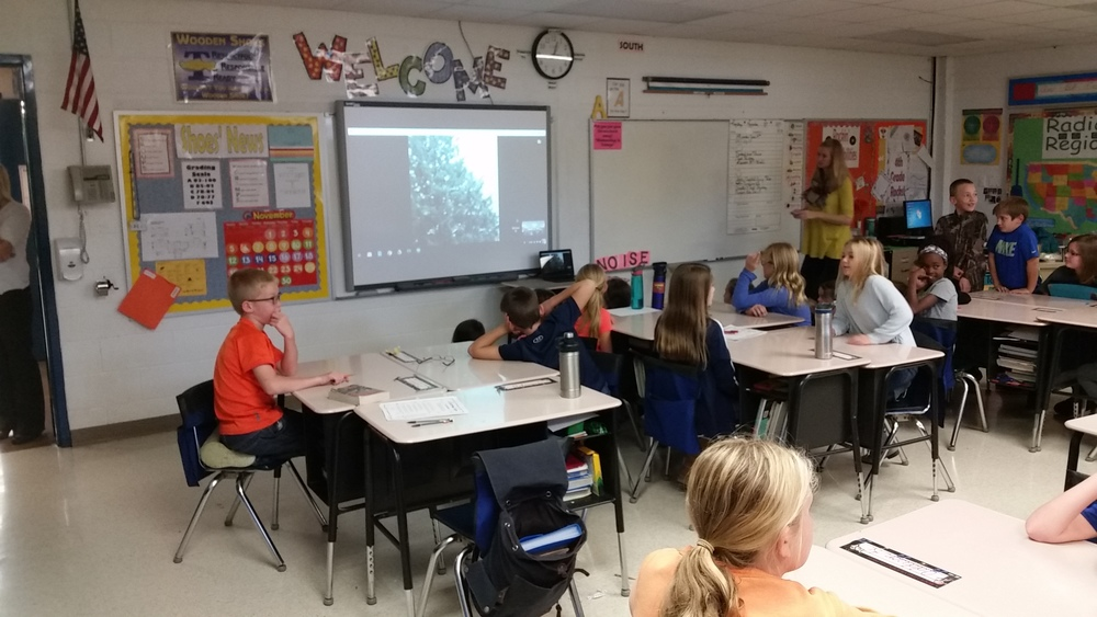 Fourth Graders Get Virtual Tour of Rockefeller Center