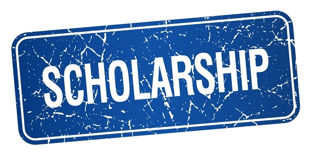 Important scholarship information for THS seniors