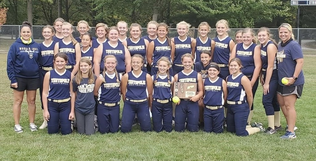 2020 Teutopolis Junior High Girls Softball Regional Champs!!