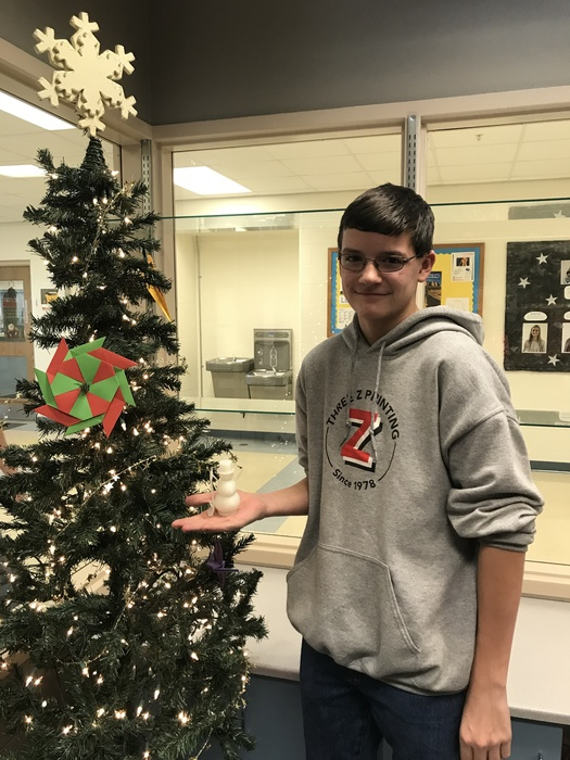 Jonathan Verdeyen with his 3D snowman ornament.