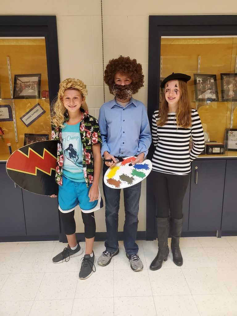 1st place Bob Ross, 2nd place Surfer Dude, 3rd place Mime